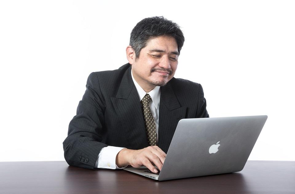 オンラインキャバクラ経営者